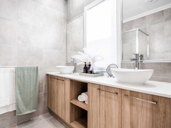 master-bathroom-3